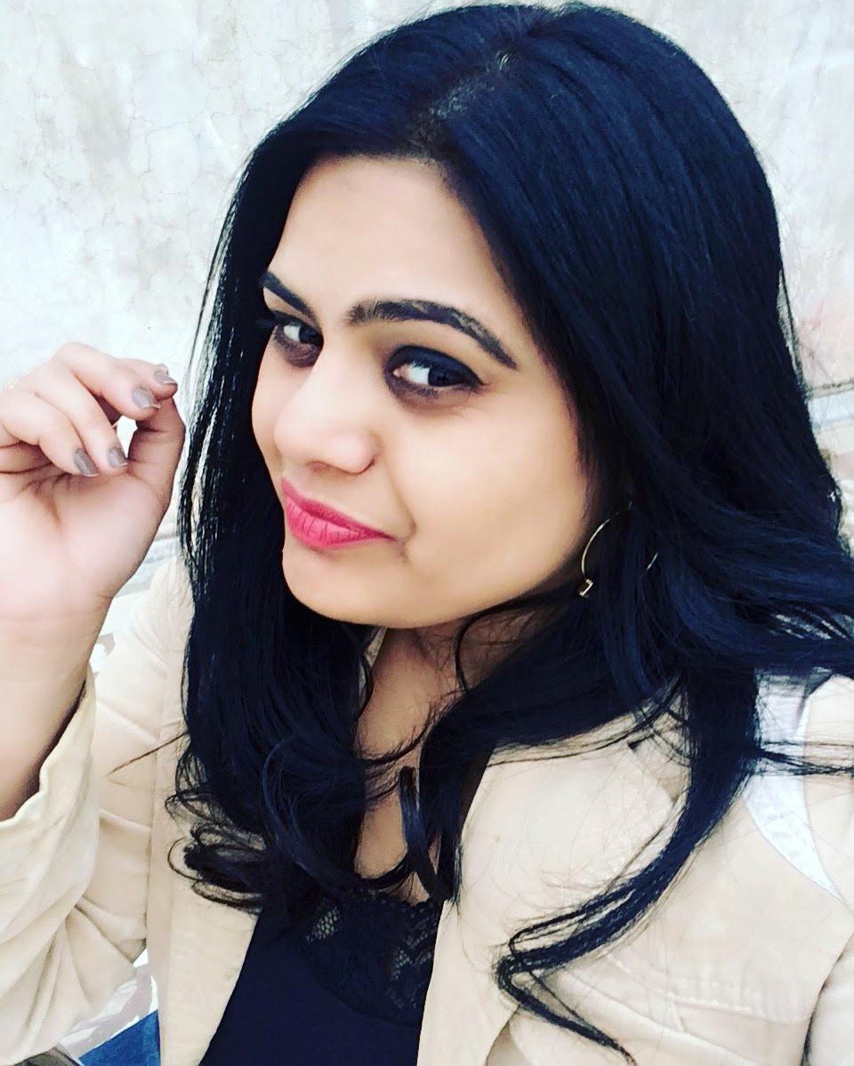 rajshree upadhyaya - girl with open hair